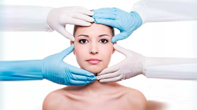 gall_1382002465-chirurgia-plastica-estetica-20131017_113412