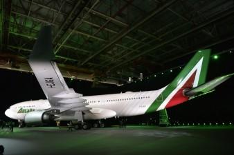 Alitalia a330 nuova livrea anno 2015 ANDREAS SOLARO AFP Getty Images