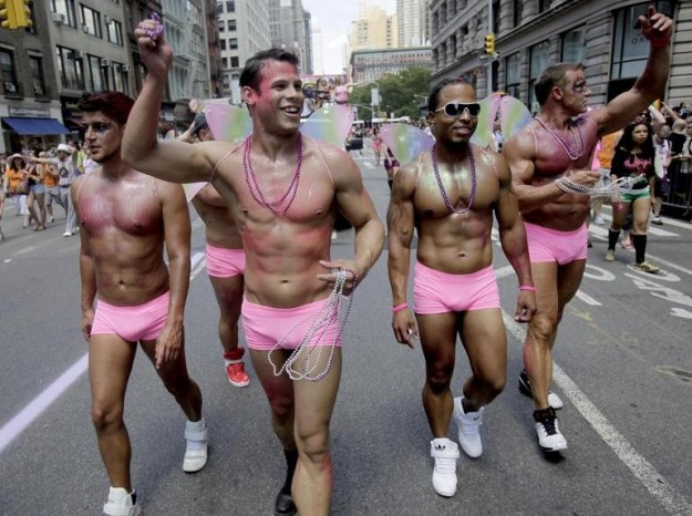 new-york-le-foto-del-gay-pride-2012