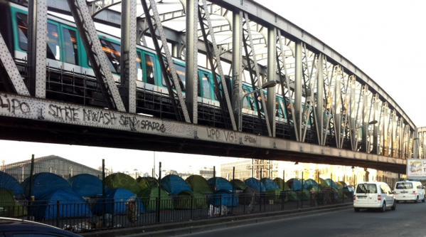 pont-de-la-chapelle-paris-epidemia-migranti