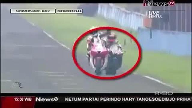 Scontro in pista: terribile incidente in Indonesia (VIDEO)