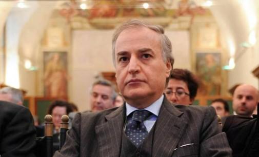 Deputato Sarro, accusato di corruzione aggravata per aver agevolato camorra