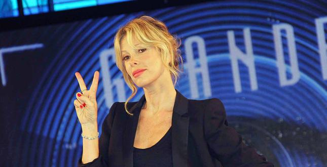 """Alessia Marcuzzi presenta la 13ma edizione del """"Grande Fratello"""", che inizierà lunedì su Canale 5"""