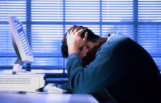 lavorare-troppo-fa-male-alla-salute-aumenta-rischio-depressione