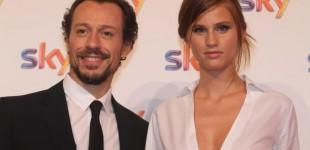 Stefano Accorsi e Bianca Vitali promessi sposi, l'annuncio su Sorrisi & Canzoni