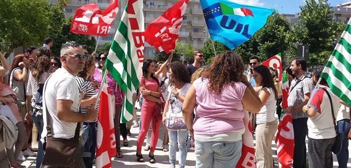 Molfetta, sciopero Megamark: continuerà anche domani