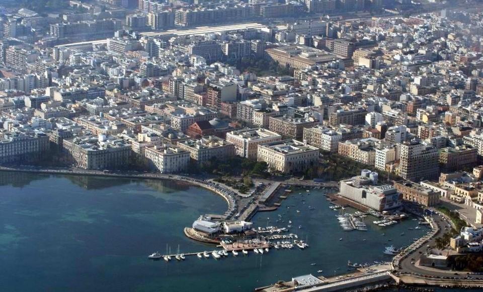 Bari, rafforzata la sicurezza della città