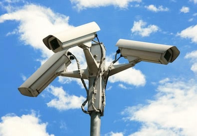 Bari, verranno installate 100 nuove telecamere in città