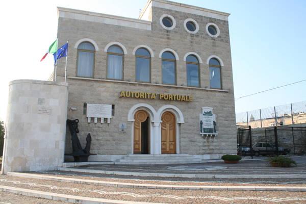 L'Autorità portuale dovrebbe restare a Bari