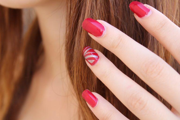 unghie finte adesive