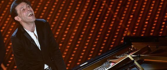 Sanremo-2016-applausi-e-commozione-per-il-compositore-Ezio-Bosso