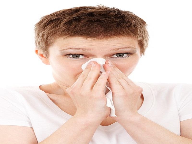 Vicks ai piedi e calzini bagnati metodi strani per combattere il raffreddore - Calzini bagnati febbre ...