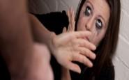 Sua figlia picchia una compagna a scuola: reazione della mamma esemplare