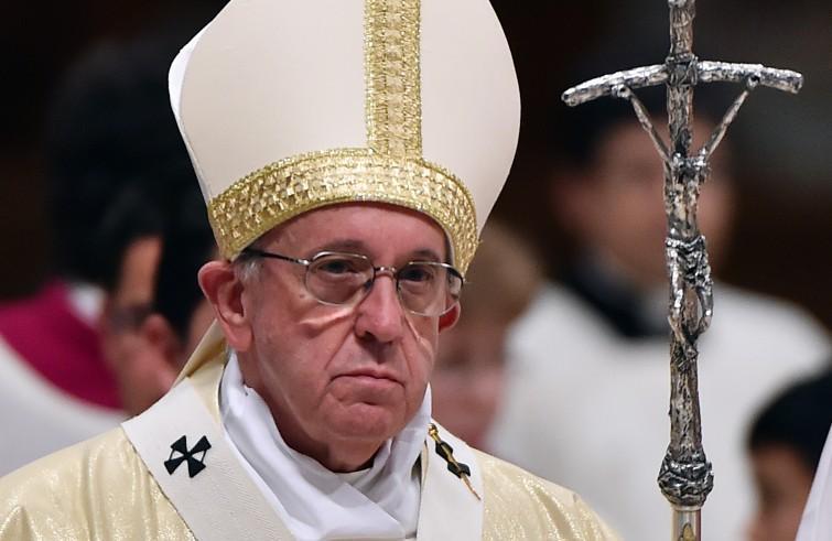 Papa francesco in messico giovani vera ricchezza del for Scopa sul divano