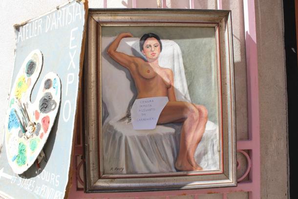 Censura, mutande di carta sui quadri ritenuti troppo spinti | Notizie.it
