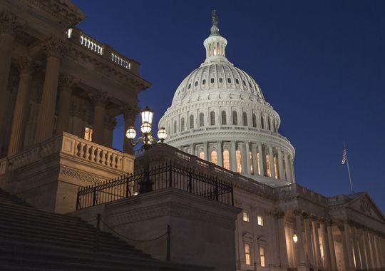 Usa, rinviata riforma Obamacare