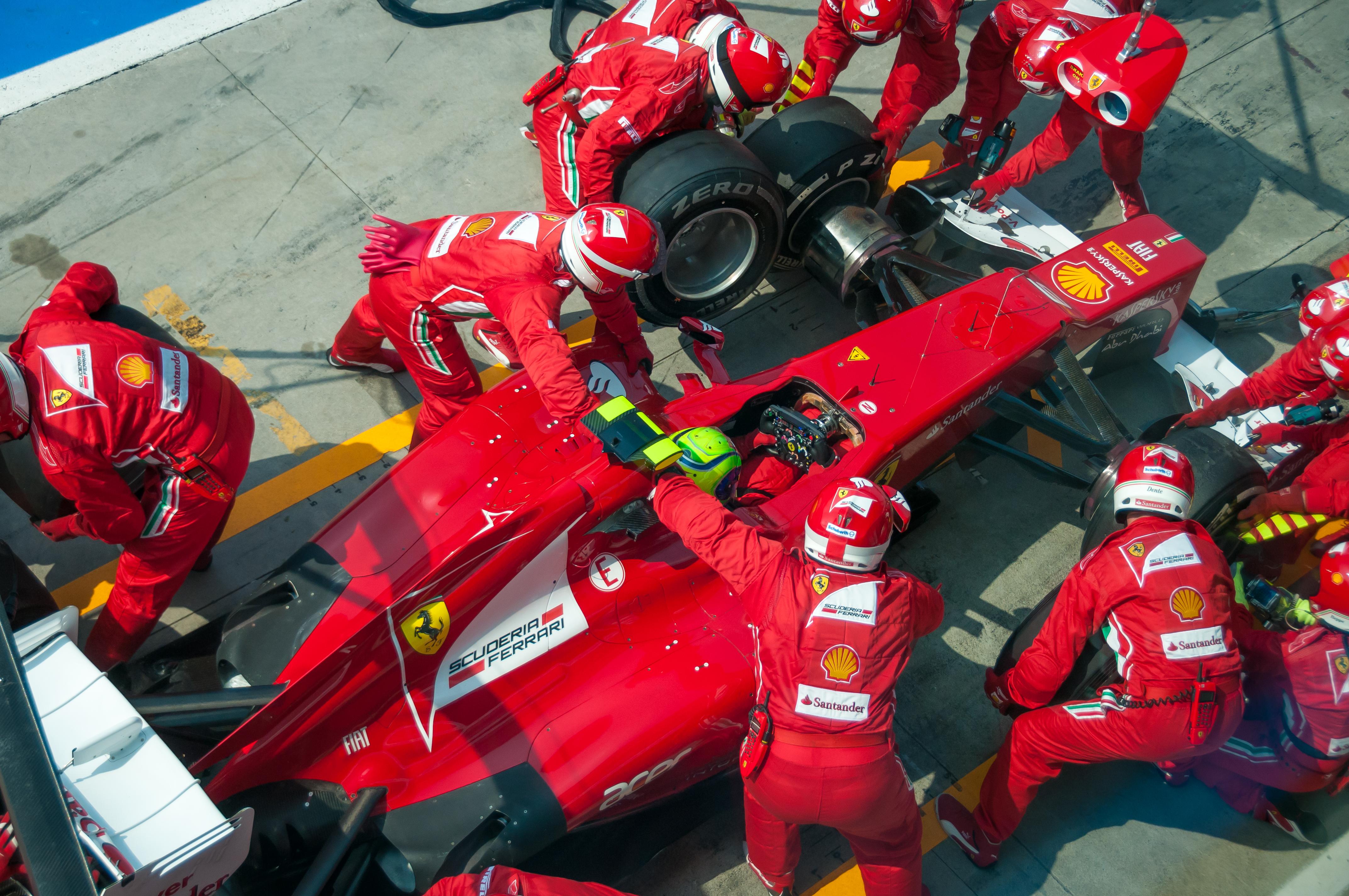 2012 Italian GP   Massa pit