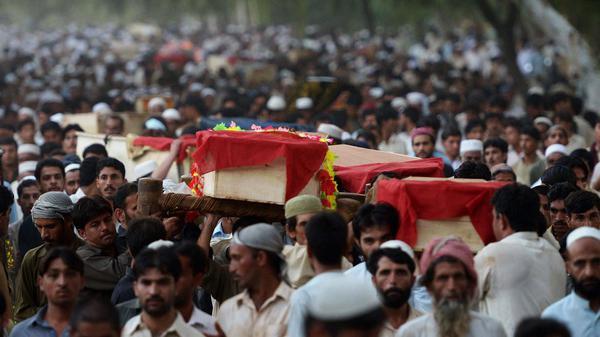 Pakistan: a Peshawar il numero delle vittime sale a 42