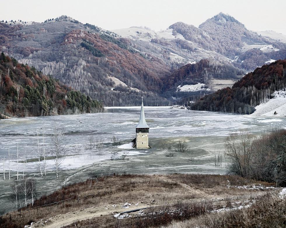 Geamana, il villaggio sotto il lago