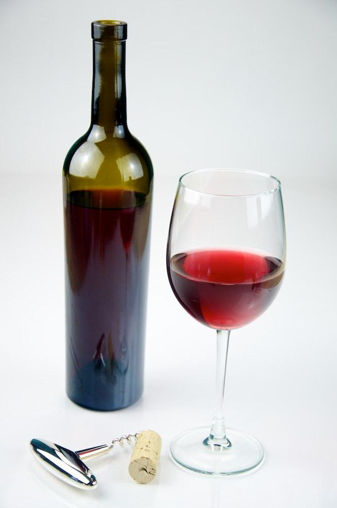 Perché il vino rosso si abbina alla carne