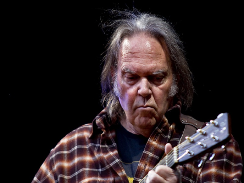 Prezzi biglietti e scaletta Neil Young Auditorium Parco della Musica Roma