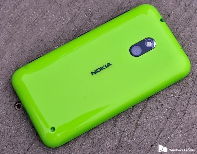 Perché Nokia non farà più smartphone