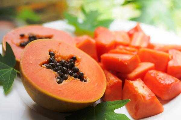 Papaya: 10 benefici per la salute