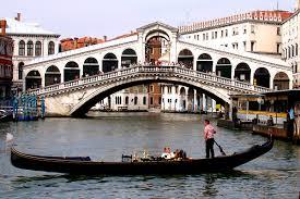 Venezia: iniziano i lavori di restauro Ponte di Rialto