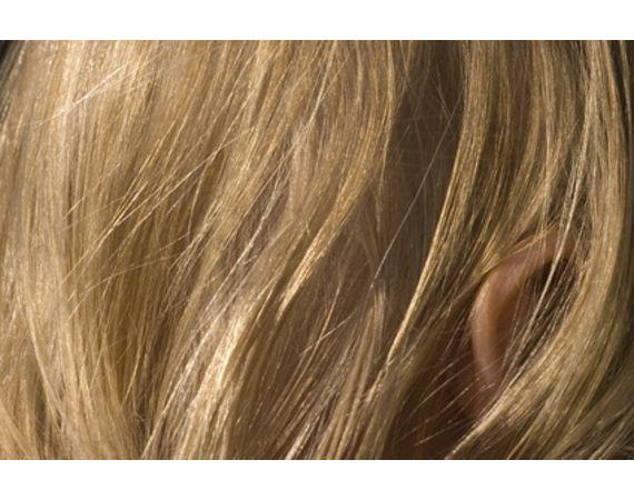 Come trattare i capelli con l'aceto di mele