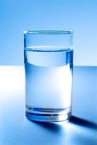 Come capire se non si beve abbastanza acqua