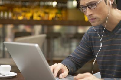 Regole di sicurezza per posta elettronica e allegati