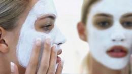Come tonificare e rassodare la pelle natutralmente