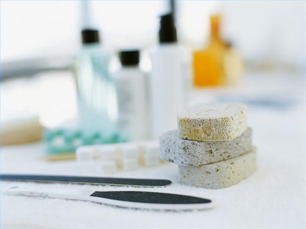 Come Usare La Pietra Pomice.Come Usare La Pietra Pomice Per La Manicure Notizie It