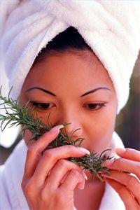 Per cosa è usato l'olio di rosmarino?