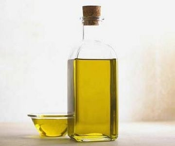 Come incorporare l'olio di oliva in un regime di bellezza