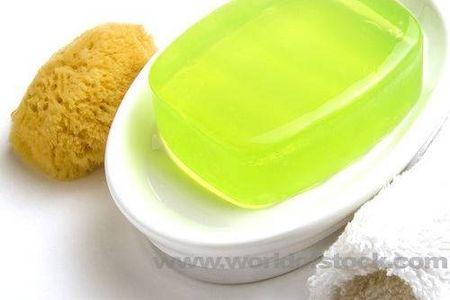 Come fare il sapone per il corpo con mandorla e arancia