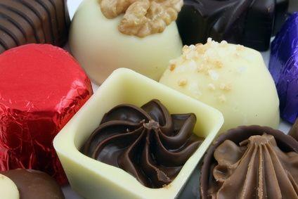 Come modellare i fiori di cioccolato