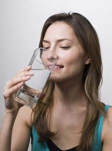 Effetti negativi del non bere abbastanza acqua