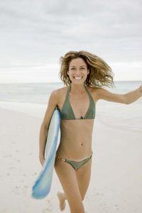 Come indossare un bikini tanga