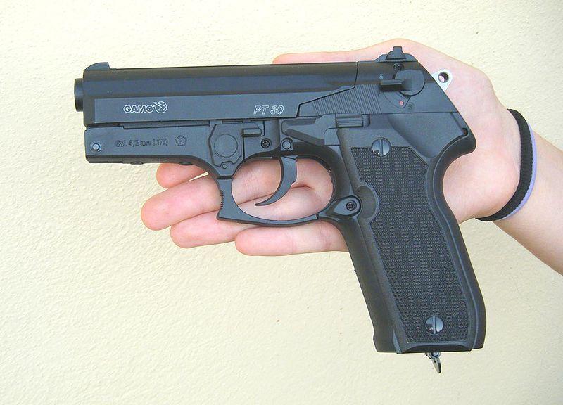 Quali sono requisiti per porto d'armi difesa personale