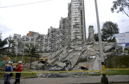 Quante vittime ci sono state per il crollo dell'edificio in Colombia