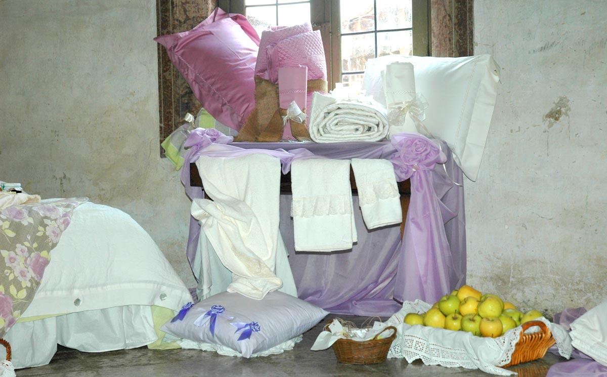 Da cosa formato il corredo della sposa - Cosa regalare per una casa nuova ...