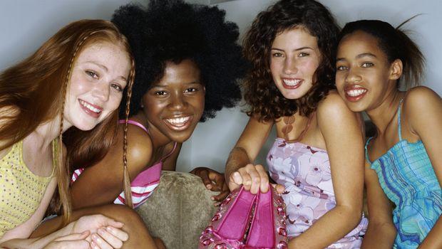 Adolescenza: come aiutare le proprie figlie?
