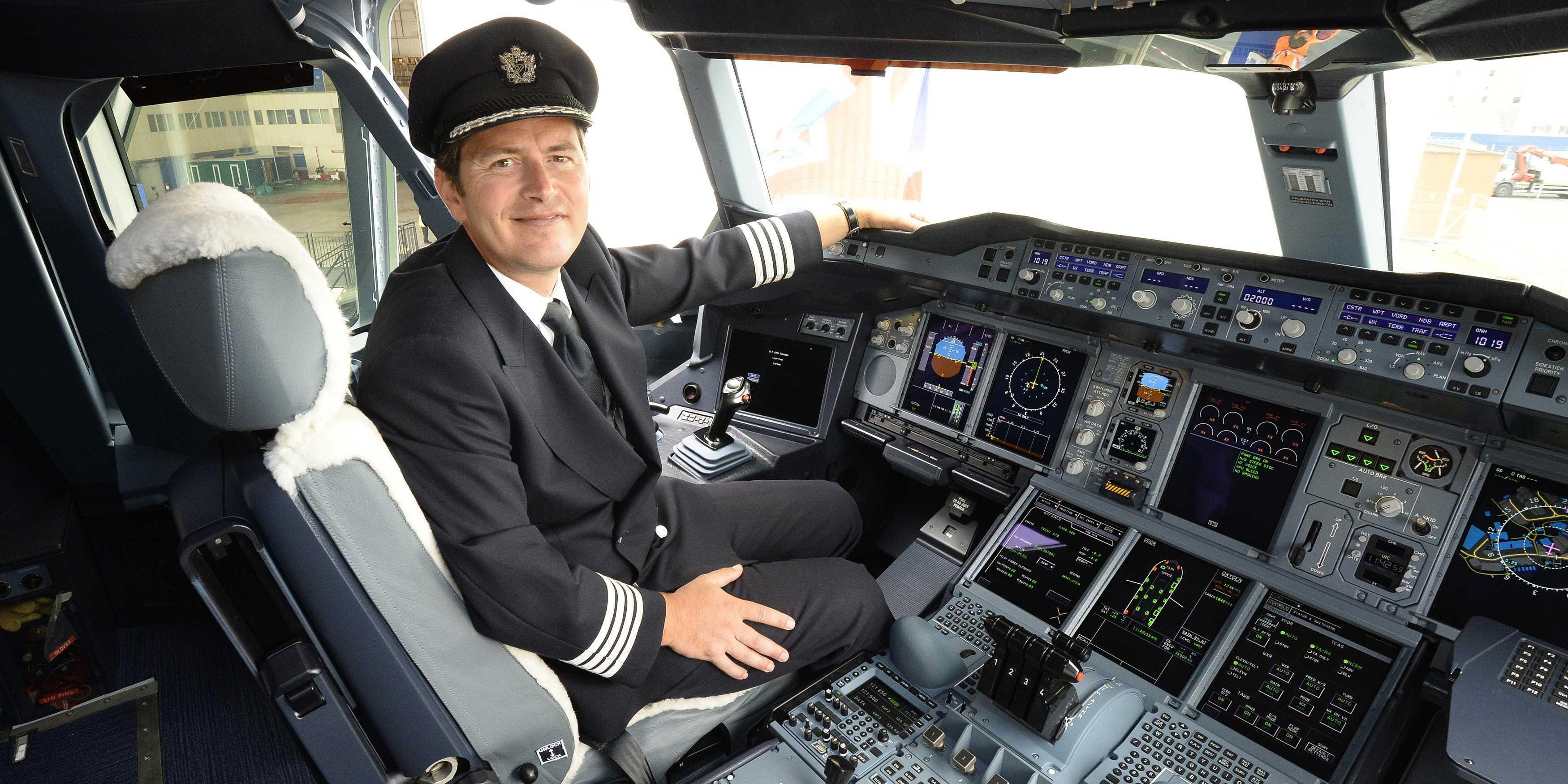 Easyjet assume 450 piloti
