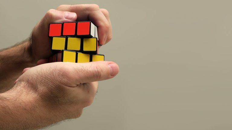 risolvere il cubo di Rubik