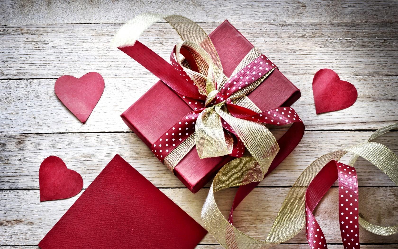 10 idee regalo low cost San Valentino per lei