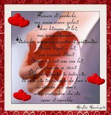 Come scrivere una pesia d'amore romantica