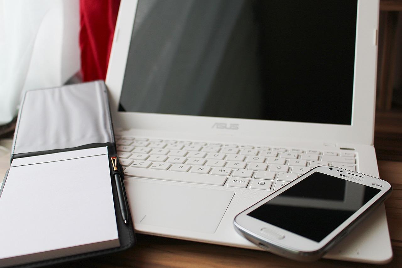 Sincronizzare contatti iPhone con Outlook
