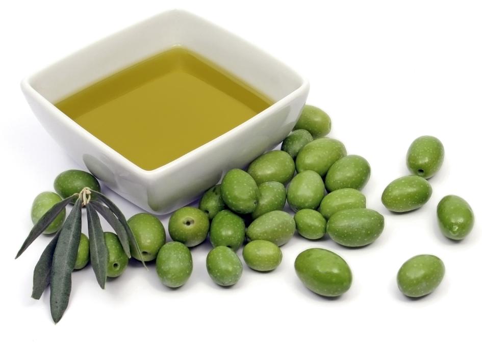 Come usare l'olio d'oliva come detergente per il viso