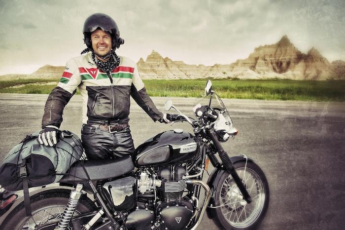 Vacanza in moto: cosa portare con sé